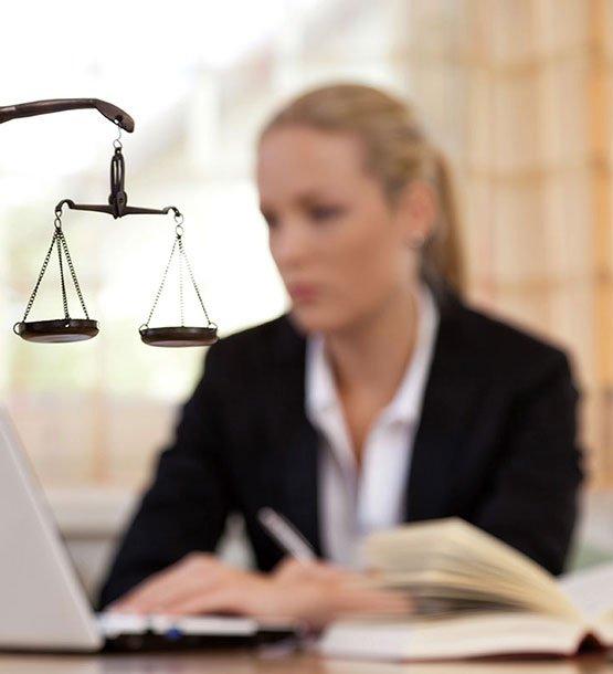 Μελπομένη Ιερωνυμάκη | Δικηγόρος παρ' Αρείω Πάγω